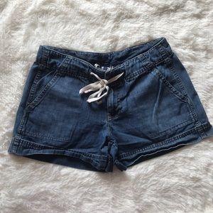 Gap denim light weight draw string shorts size 8